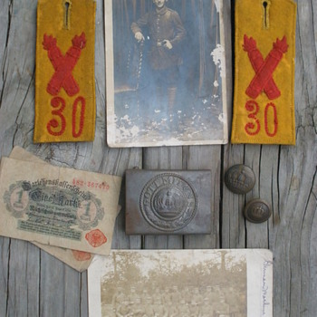 Small group of bringback items from 30th division WWI vet.  - Military and Wartime