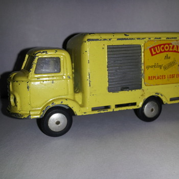 Corgi Toys 411 Karrier Bantam Lucozade Van - Model Cars