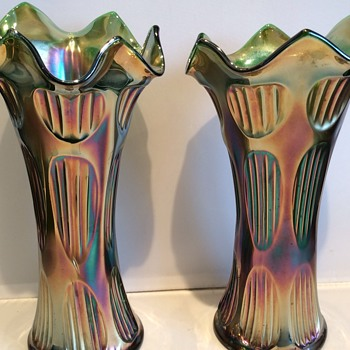 Stunning pair of vases