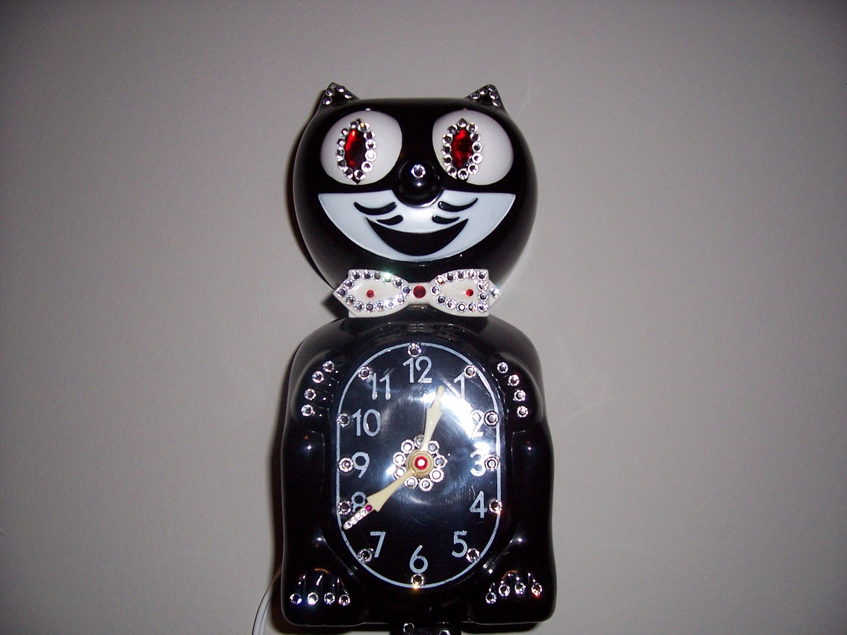 1960 39 s jeweled kit cat clock collectors weekly - Kitty cat clock ...