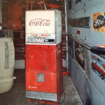Westinghouse Dial-o-Matic Coke Machine