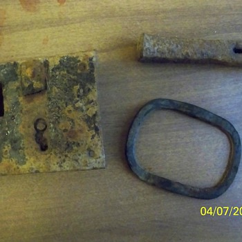 Disappointing Metal Detecting Day...However a oddity - Tools and Hardware
