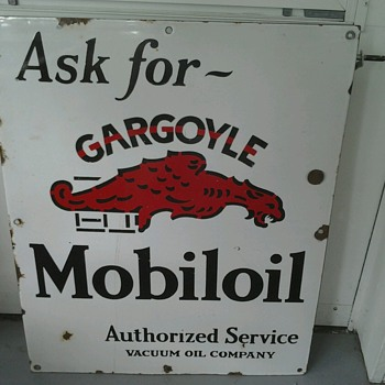 Gargoyle Mobiloil Sign - Petroliana
