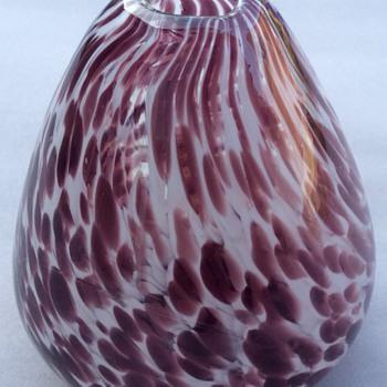 Unusual vase - Art Glass