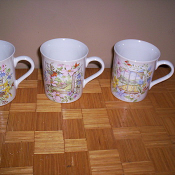 Coffee mugs - Kitchen