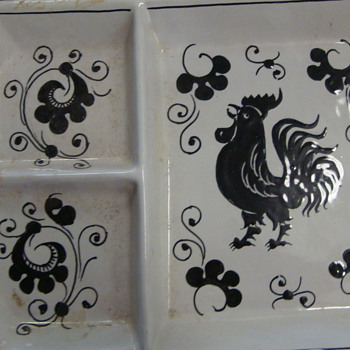Rooster plate divided-states Grazia Deruta Italy - Art Pottery