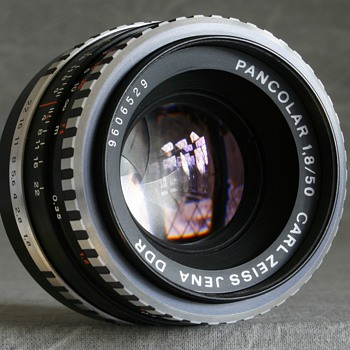 1968-1972-camera lenses-m42 Carl Zeiss Jena pancolor f1.8 50mm lens.