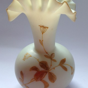 Victorian uranium ivory satin glass vase with enamelled decoration