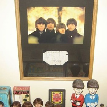 Beatles signed promo card...1962 - Music