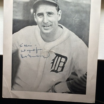 Hank Greenberg Autographed picture - Baseball