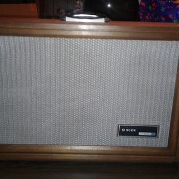 Singer Graflex 16 - Electronics