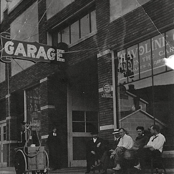 Photos of Early Gas Pumps