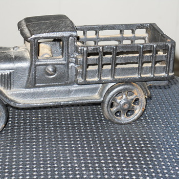 cast iron toy truck