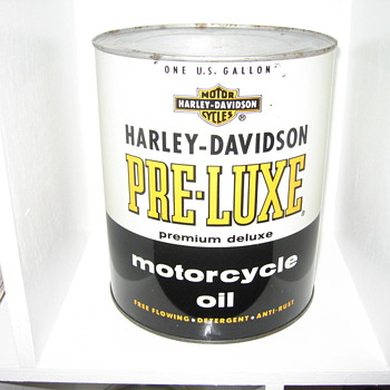 Harley Davidson one gallon can FULL!! - Petroliana