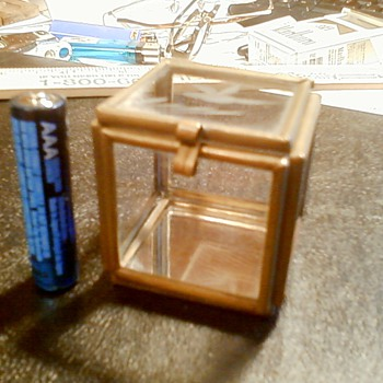 miniture glass box