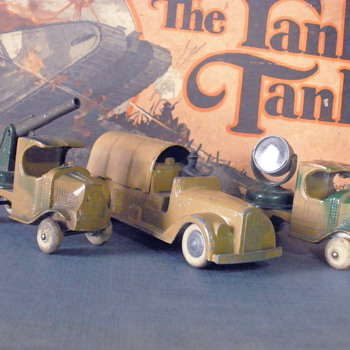 Early Tootsietoy diecast army vehicles. Mack C cab trucks and transport.  - Model Cars