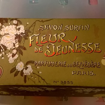 Savon Surfin Fleur de Jeunesse Parfumerie du Belvedere Paris Soap  - Advertising