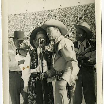 Roy Rogers - Dale Evans - Bob Nolan - Sons of the Pioneers - Photographs