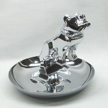 Bull Dog Mack Ashtray - Advertising