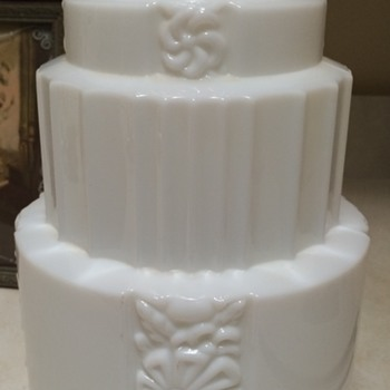 Art Deco Wedding Cake Lamp Shade
