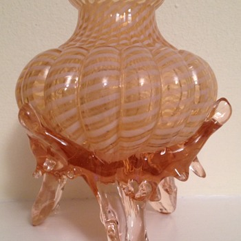Welz candy stripe pink-footed tripod lobed bowl. - Art Glass
