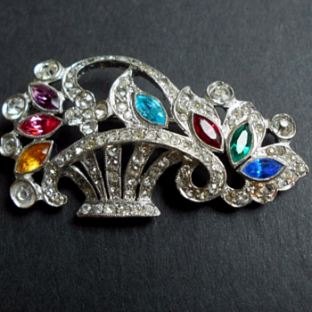 Gorgeous Brooch - but whose? Mazer Bros? - Costume Jewelry