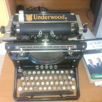 underwood standard typewriter - Office