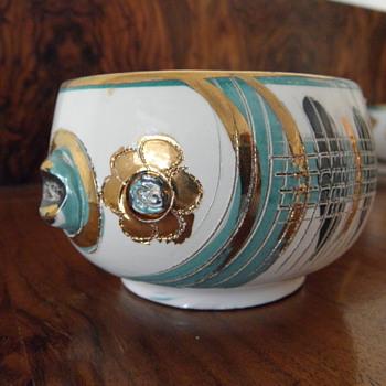 Mystery : Mid Century Italian Fish Cups!