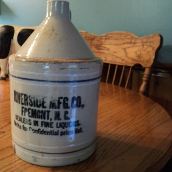 Riverside MFG. CO. Liqour Jug