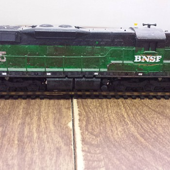 BNSF SD9 - Model Trains