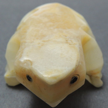 Carved Stone Frog?  Help! - Animals
