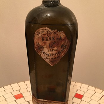 Sealed John De Kuyper & Son Bottle. Primitive! Help!