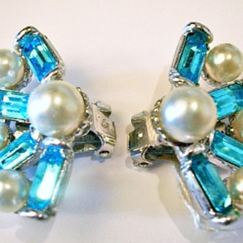 Henry Bogoff Earrings - Costume Jewelry