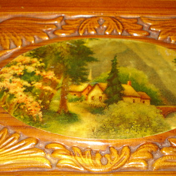 WOODEN BOX WITH INSIDE MIRROR