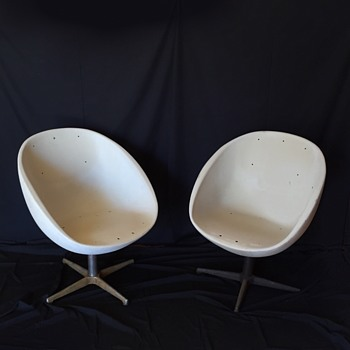 Walt Disney World Vtg. Contemporary Hotel Mid-Century Modern Chairs - Furniture