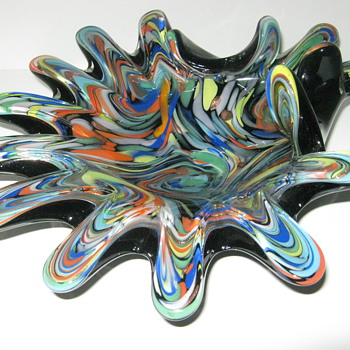 Fratelli Toso Art Glass unusual shape and decor  - Art Glass