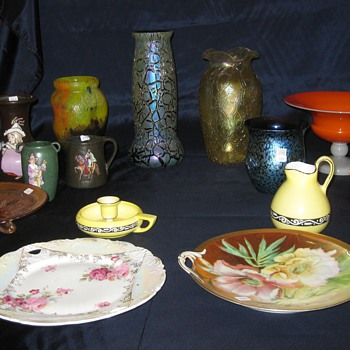 Auction collection with Glue Chip - Art Glass