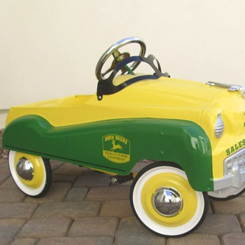 John Deere Pedal Car - Toys