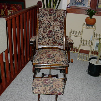 old lazy boy rocker  - Furniture