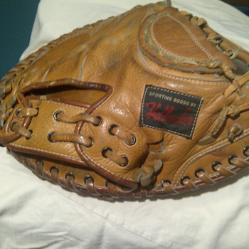 Hollander Catchers Mitt C1016 - Baseball