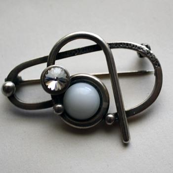 Modernist brooch