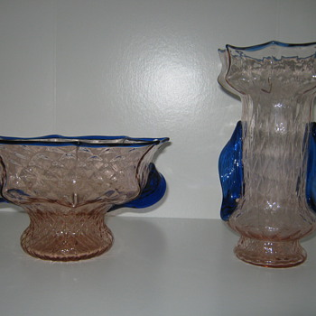 Czechoslovakia pink Quilted glass open compote with cobalt  trim Kralik Knuckle dsgn - Art Glass