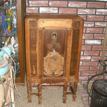 Philco Highboy Radio Circa 1933
