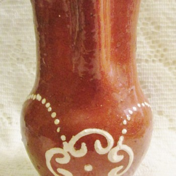 If it isn't Mexican, what is it? - Art Pottery