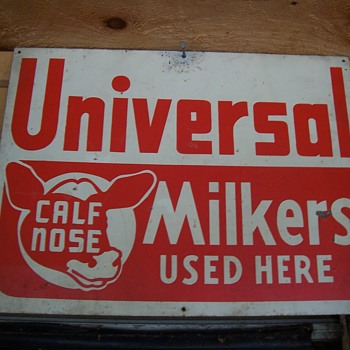 UNIVERSAL MILKER SIGN - Advertising