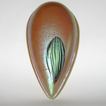Loetz teardrop-shaped Leonidas architectural piece  - Art Nouveau