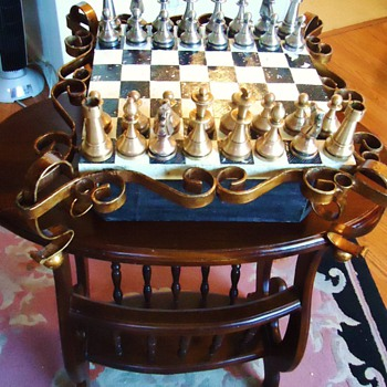 Chess set update:  New Information, and now Table, and Italian pieces Brass and Pewter - Games
