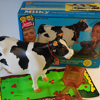 Milky the Marvelous Milking Cow by Kenner - Animals