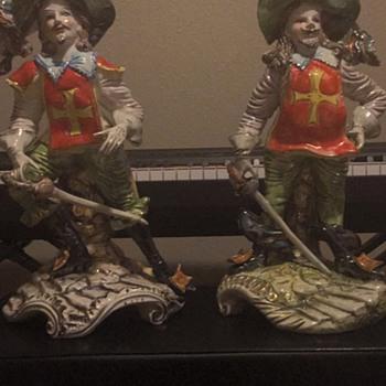 Capodimonte Figurines??