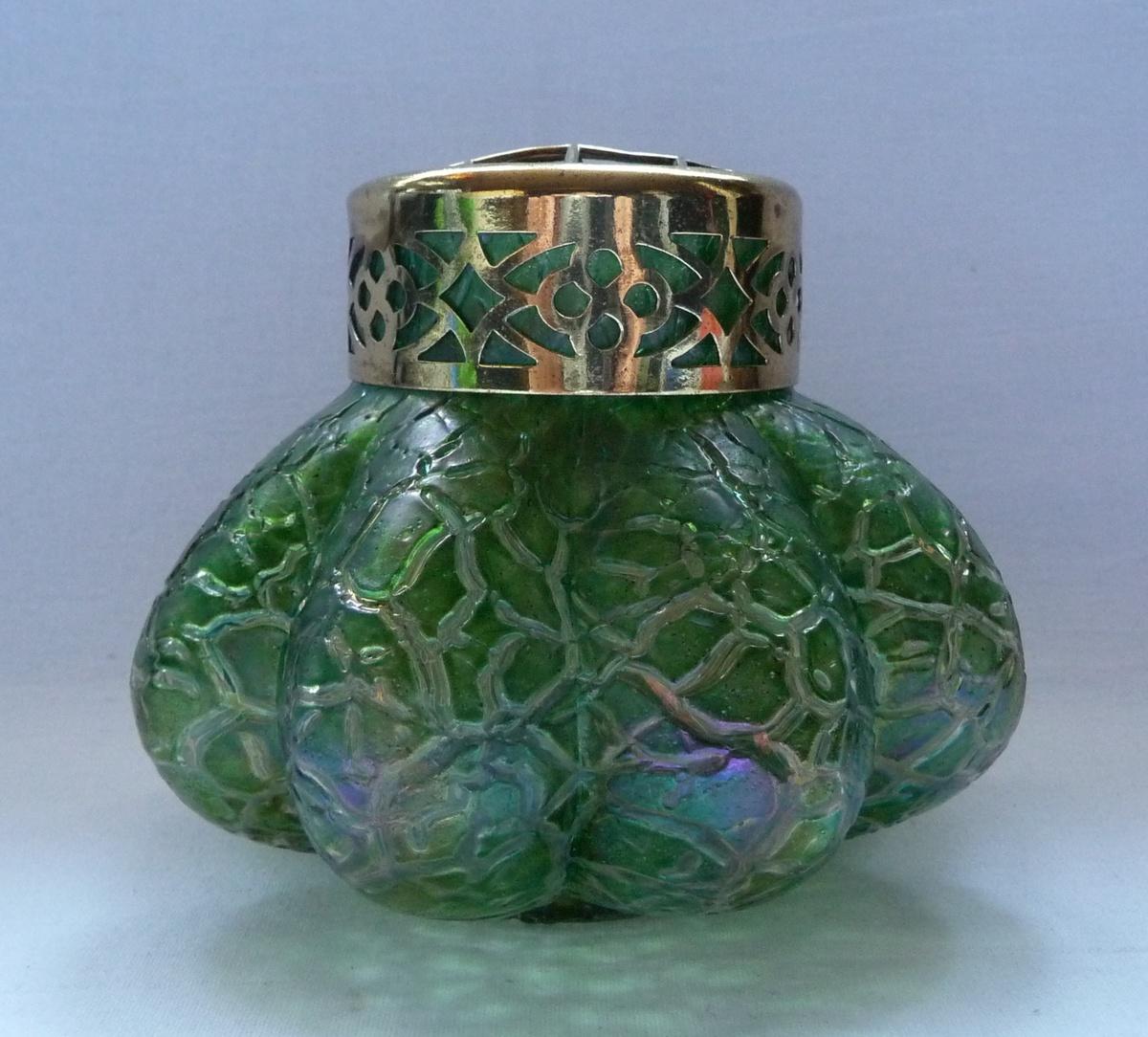 kralik art nouveau iridescent rose bowl collectors weekly. Black Bedroom Furniture Sets. Home Design Ideas